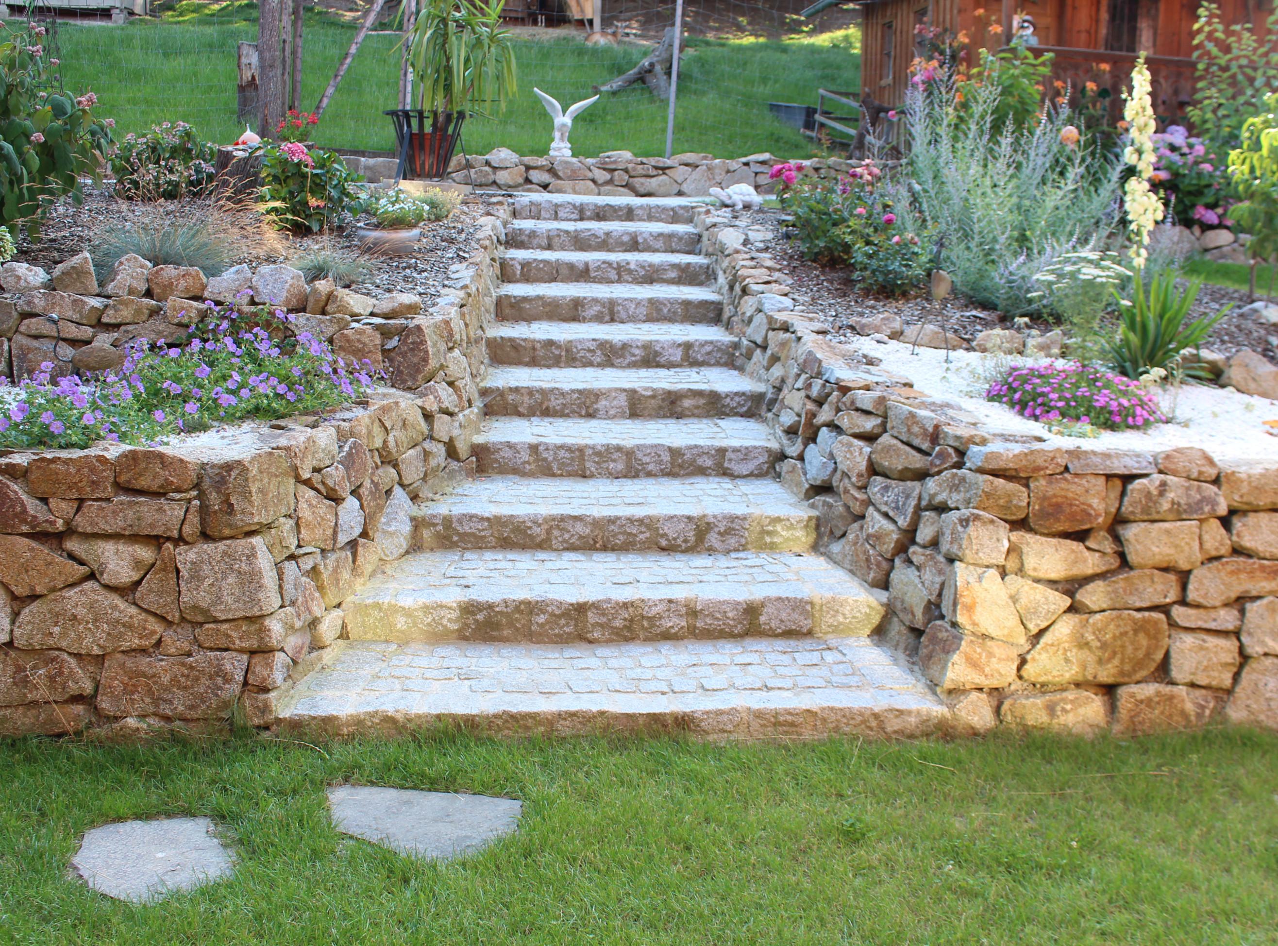 Treppen und wege as gartengestaltung for Gartengestaltung wege
